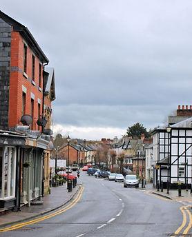 Canol_y_dref,_Llanfyllin_Powys;_town_cen