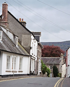 Crickhowell_streetscape_by_JScheppers.jp