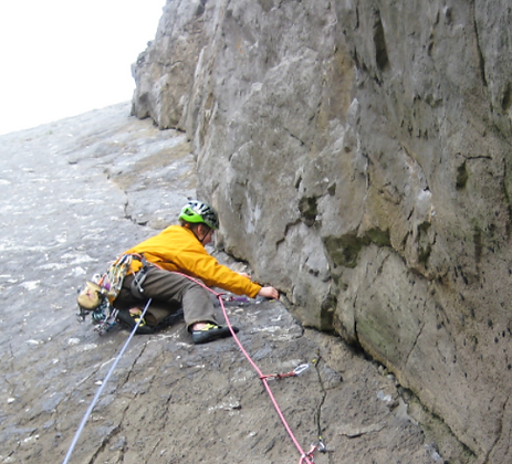 manzoku Climbing & Mountaineering