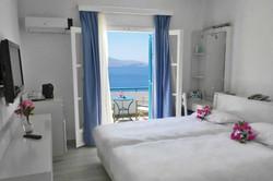 aegialis-hotel-spa-amorgos-1-823x549