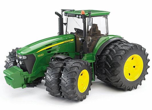 Bruder John Deere 7930 Tractor W/Twin Tyres