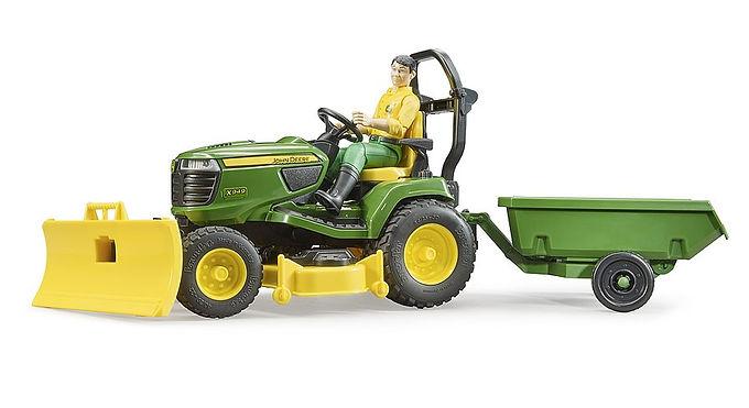 Bruder Bworld JD Lawn Tractor w/accessories