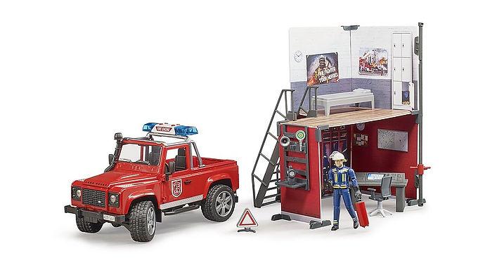 Bruder Bworld Fire Station W/Land Rover & Fireman