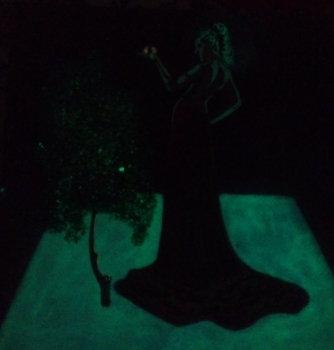 """Картина светящаяся в темноте, """"Дева с яблоком"""" 3д 300*300 мм"""