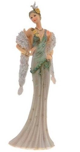 Статуэтка Дама с накидкой