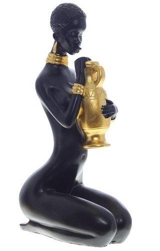 Статуэтка Африканская девушка с кувшином