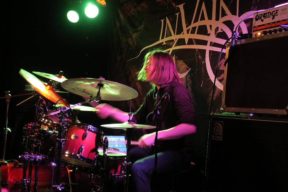InVainKrxsset23feb2018_2240-drummer