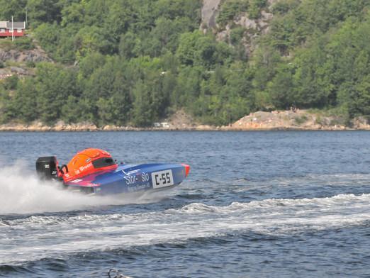 Årets første båtrace unnagjort, Vårspretten - Tvedestrand