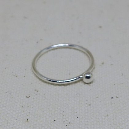 Arol - Sterling Silver Ring with Mini Pebble
