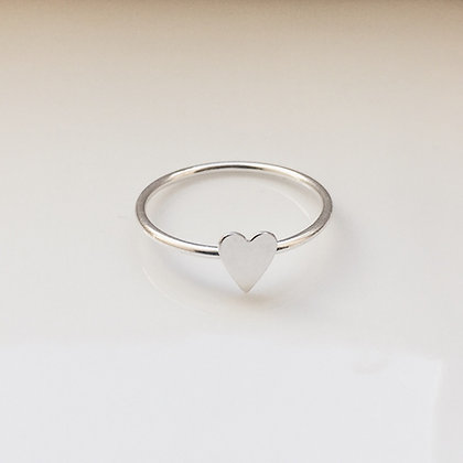 8pm jewellery eros sterling silver delicate heart ring