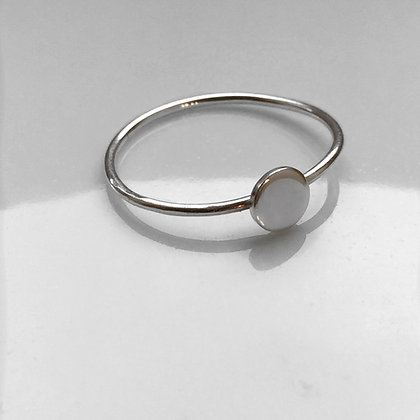 8pm jewellery ios sterling silver ring with mini disc