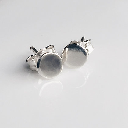 8pm jewellery ios handmade sterling silver mini disc stud earrings