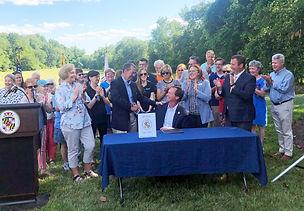 Bill signing 1a.jpg