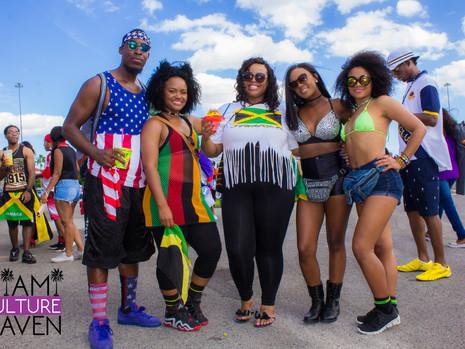 Miami Carnival: Street Style