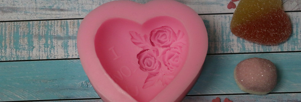 Сердце с розочками Молд 7х4 см