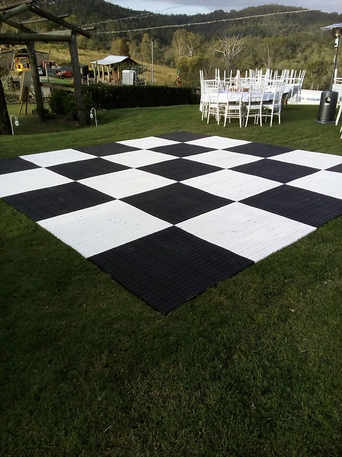 Outdoor dance floor panel
