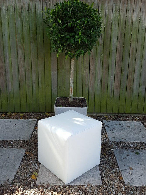 Cube ottoman white