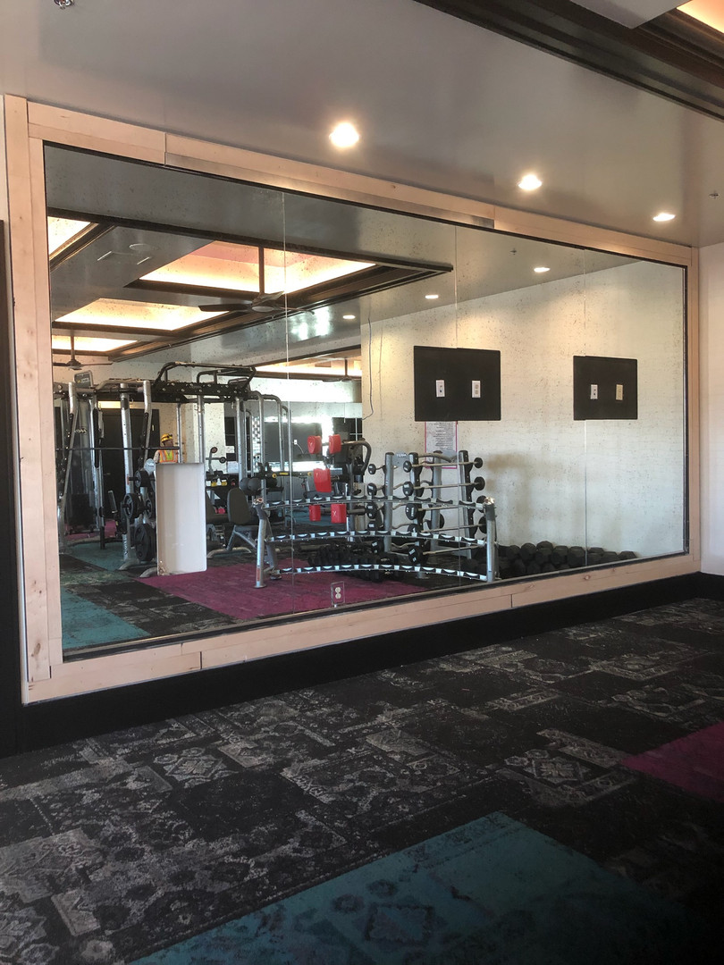Custom Glass Mirrors For Gyms