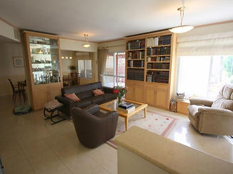 Beit Shemesh - Sheinfeld - Tokayer.jpg