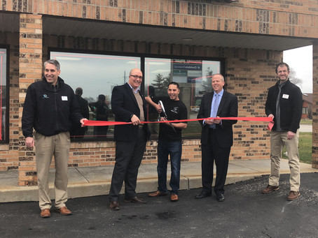 Mimmo's Pizza Celebrates Ribbon Cutting