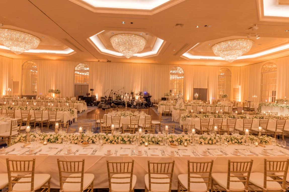 Ballroom 2+ Topaz & Garnet