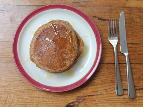 How to make: banana and oat pancakes