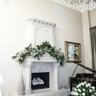 Christmas Fireplace Mantle Garland