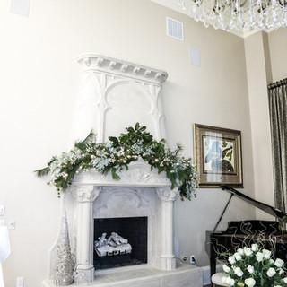 Christmas Fireplace Mantle Garland