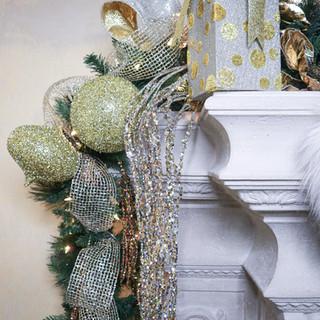 Christmas Mantle Garland