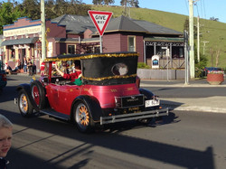 Vintage cars in the parade