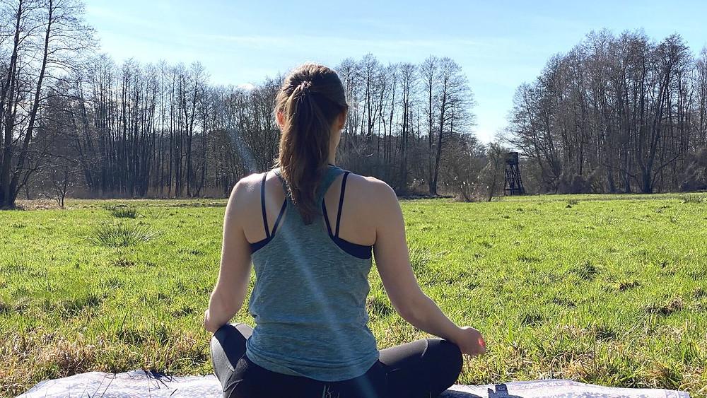Meditation um innere Ruhe in unsicheren Zeiten zu finden #meditation #deutsch #10min #kurz #anspannung #ruhe #frieden #corona #innere #selbstliebe #selfcare #yoga