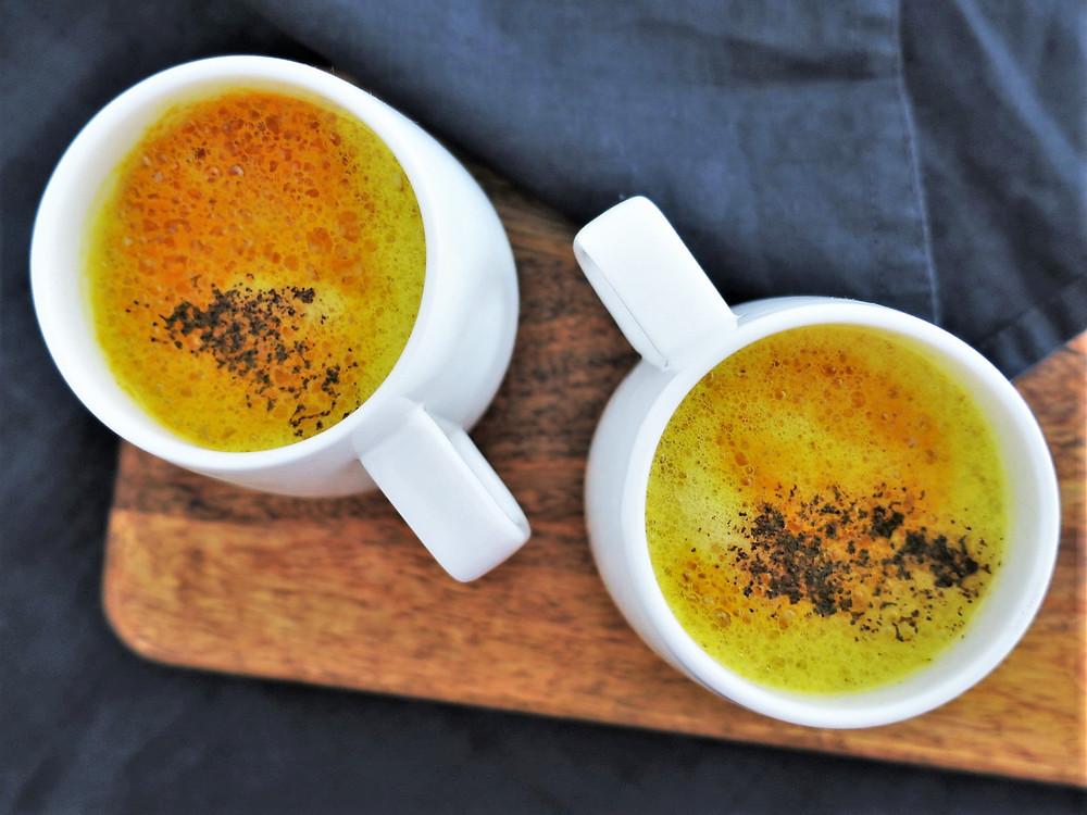 Glowing Kurkuma Latte für deine Schönheit