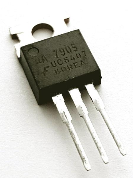 IC 7905