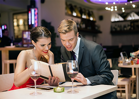 couple dining dreamstime.png