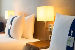 Holiday Inn - Express