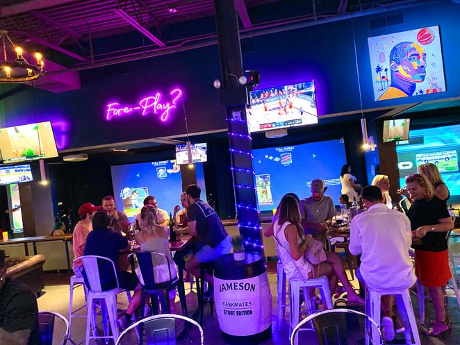 Loft18 Metairie Lounge