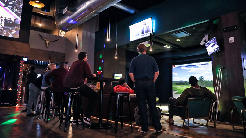 Loft18 Houston golf simulation
