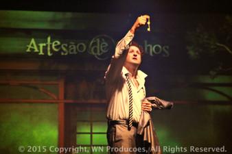 Miguel e a Loja05.jpg