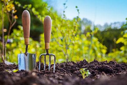 Garden_tools_pix.max-752x423.jpg