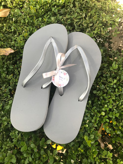 Sandalias lisas sin personalizar