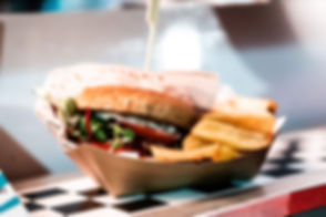 Food_truck_Burger_posé.JPG