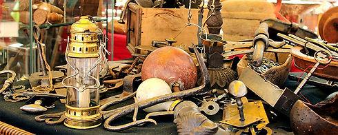 brocanteur-outils-anciens.jpg