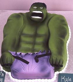 Hulk Cake 18.jpg