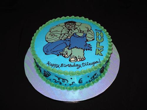 Hulk Cake  8.jpg