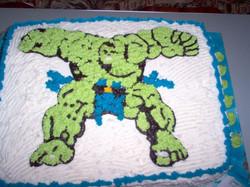 Hulk Cake 10.jpg
