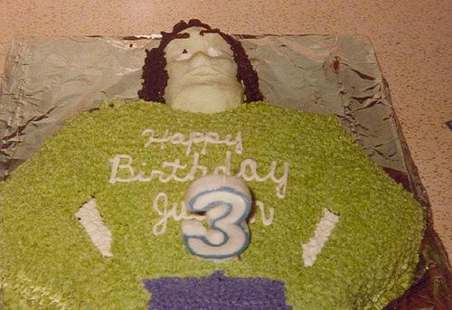 Hulk Cake  6.jpg