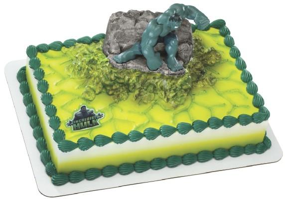 Hulk Cake 13.jpg