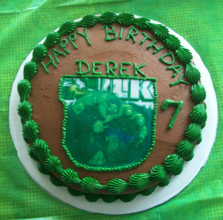 Hulk Cake .jpg