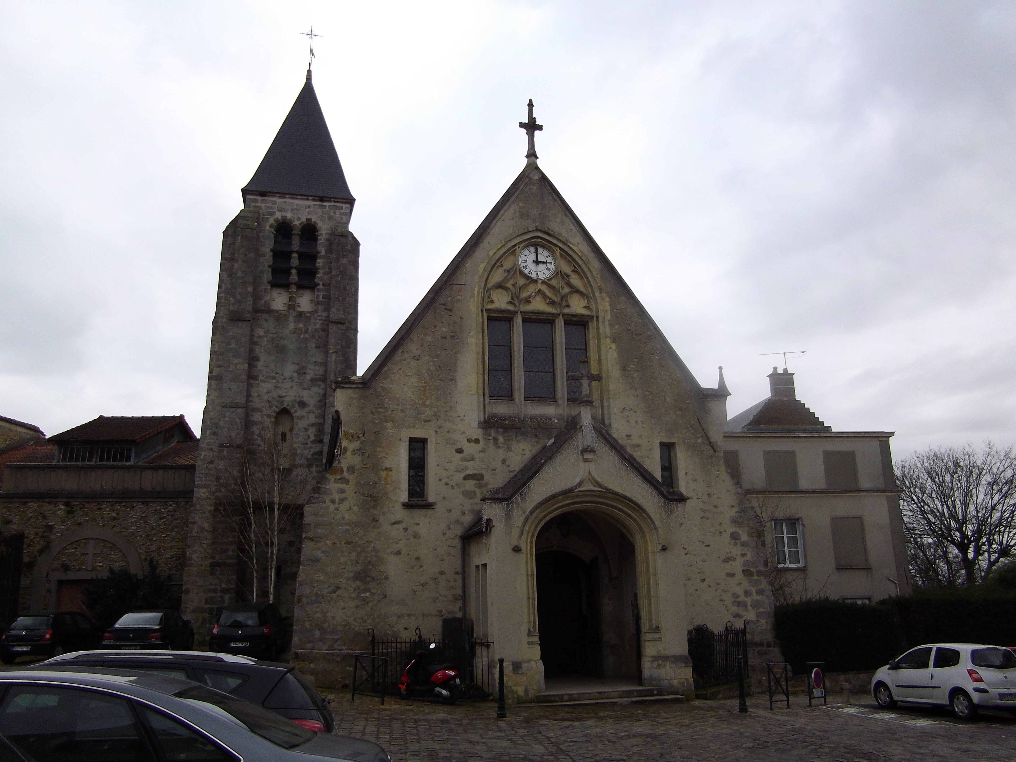 Vue diurne / Eglise Saint-Martin