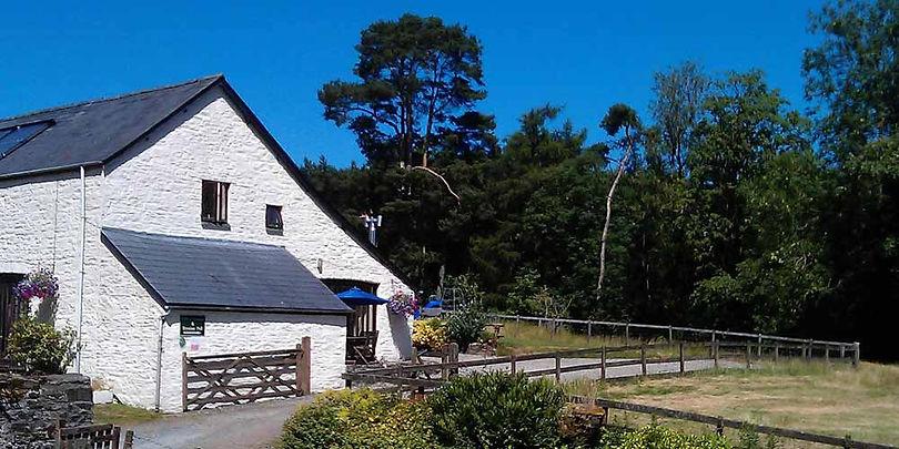 Bryniau-Pell-Cottage.jpg